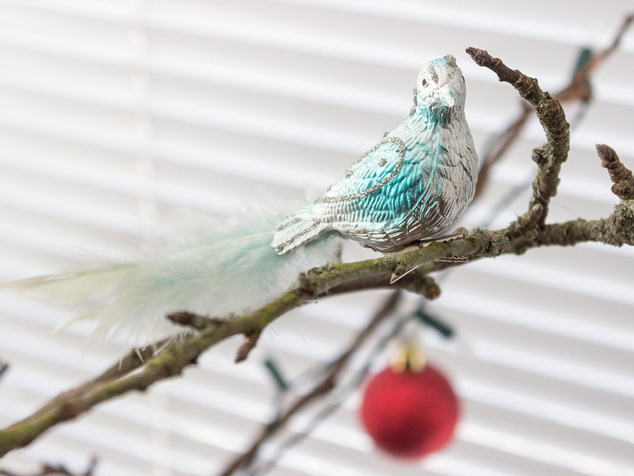 bird-and-bauble-sula-maga-esberg