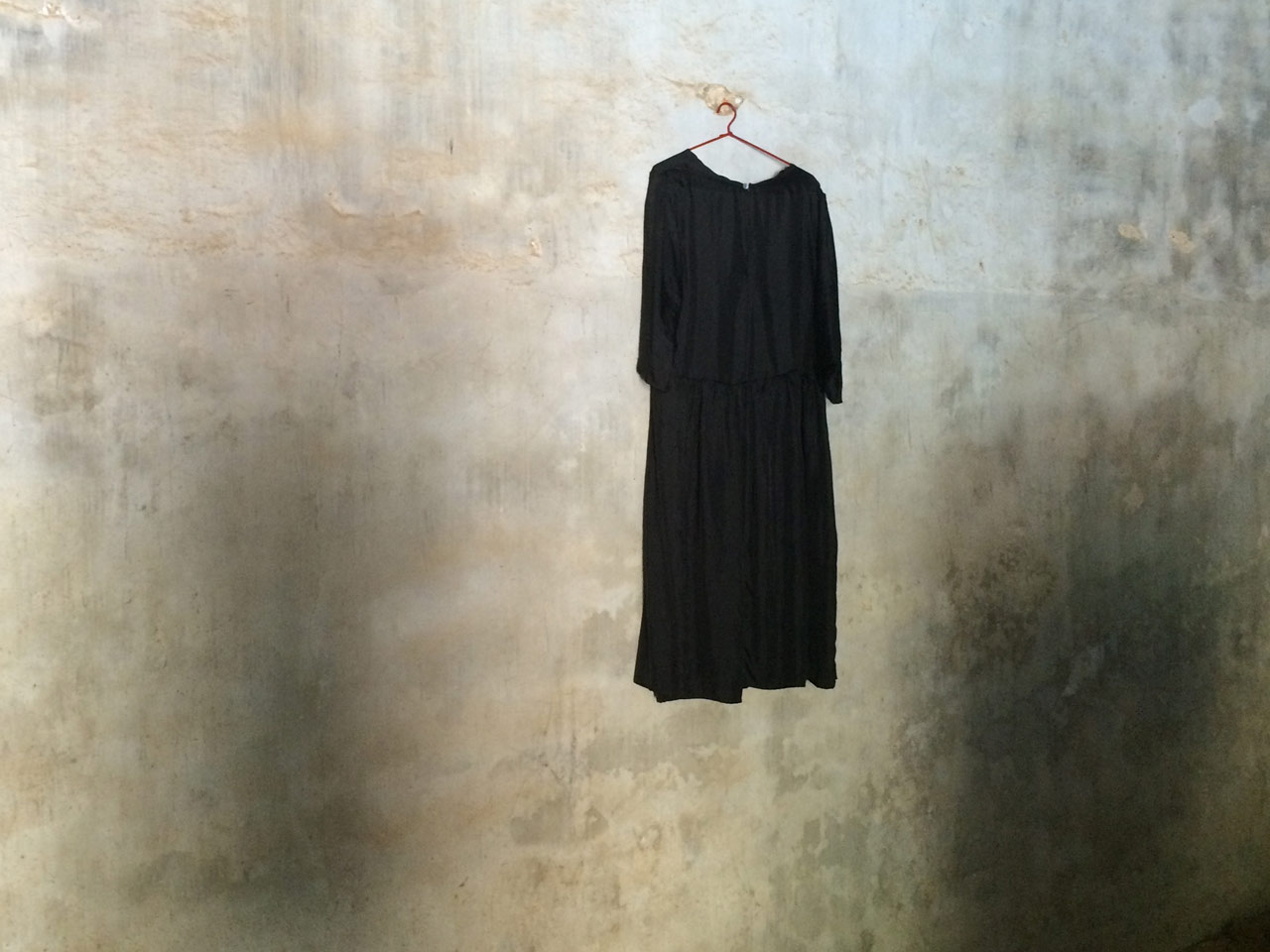 Dress-on-wall
